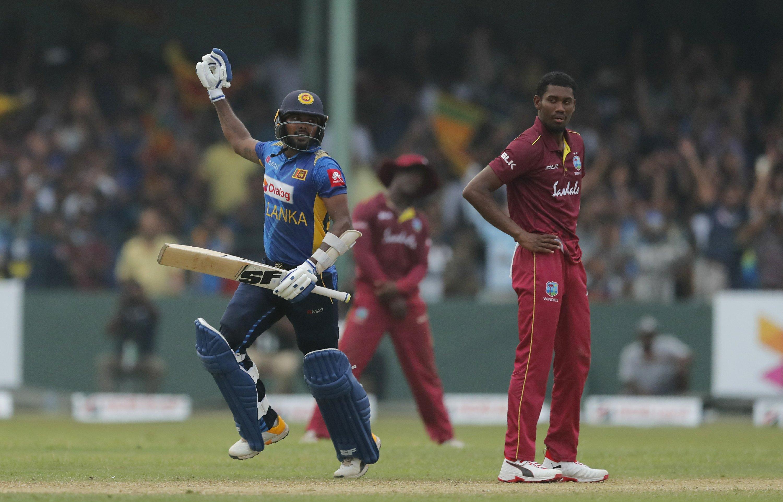 Sri Lanka beats West Indies by 1 wicket in 1st ODI