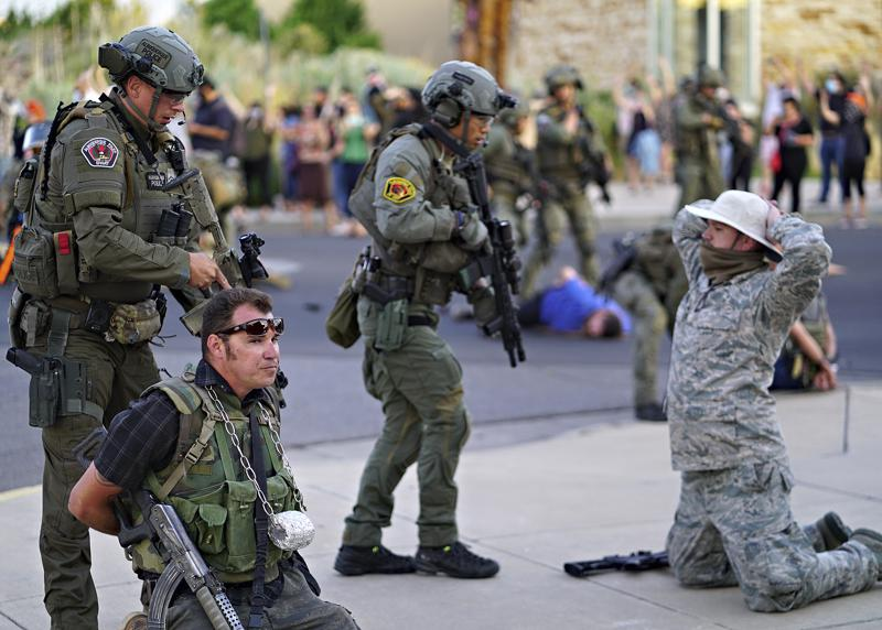 Police Detain Armed Militia Members After Man is Shot at Albuquerque Demonstration
