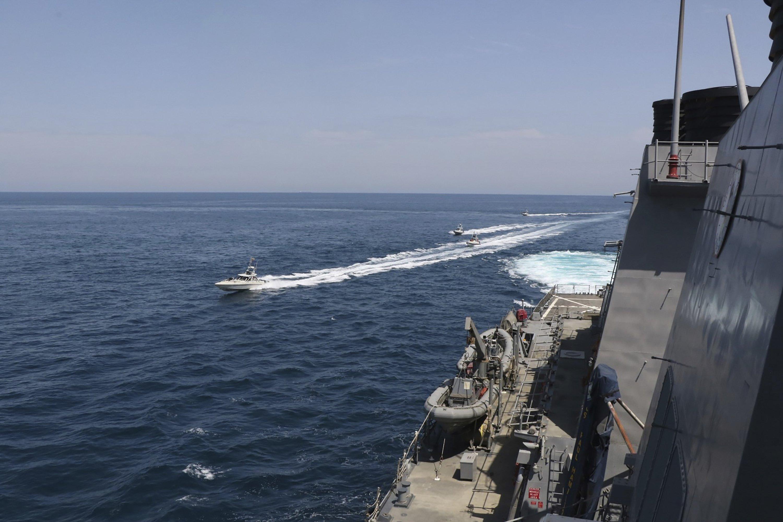 Incidente naval en el Golfo Pérsico con naves de Irán y EEUU