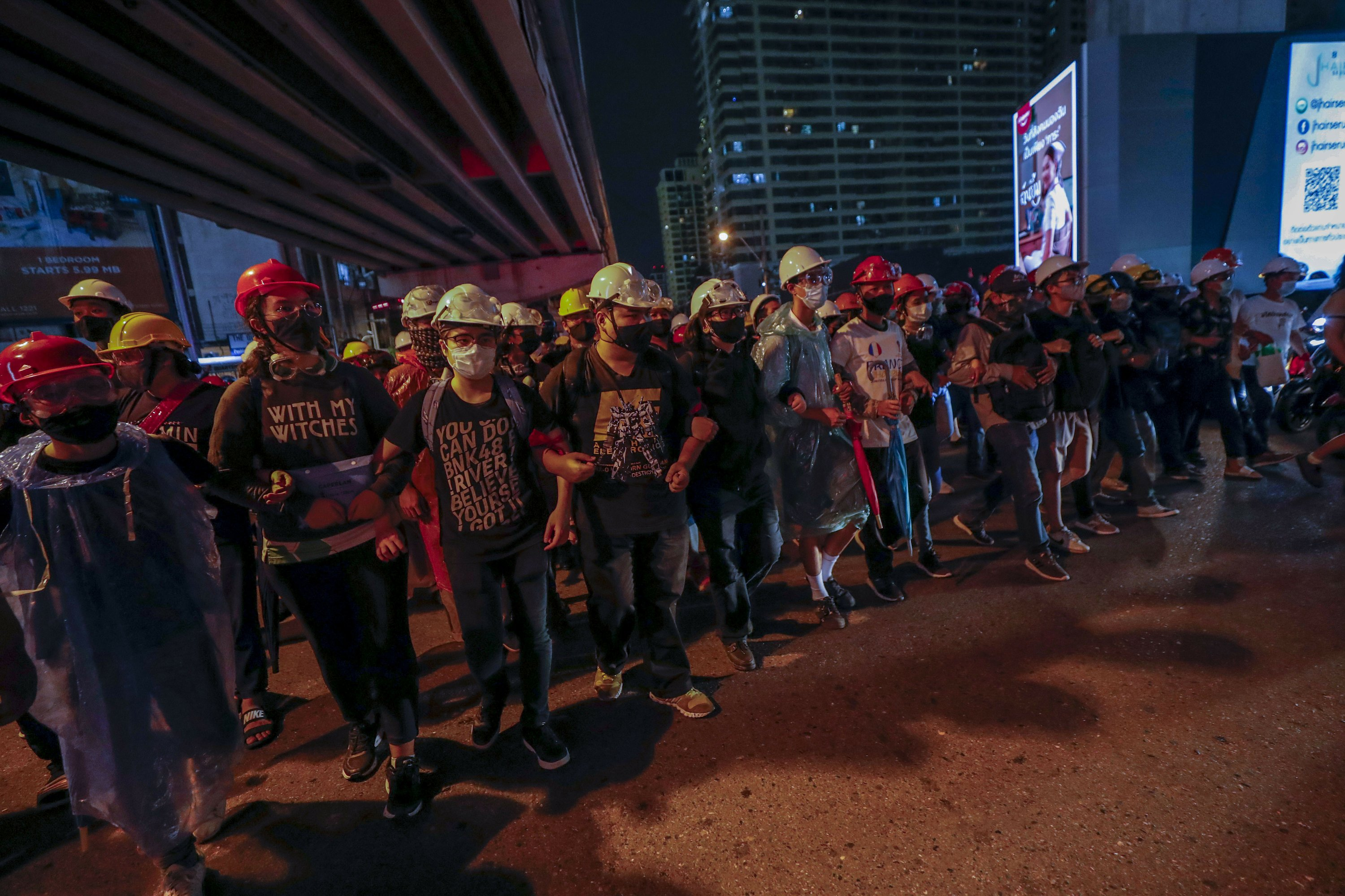 Thailand cancels emergency decree in bid to calm protests - The Associated Press