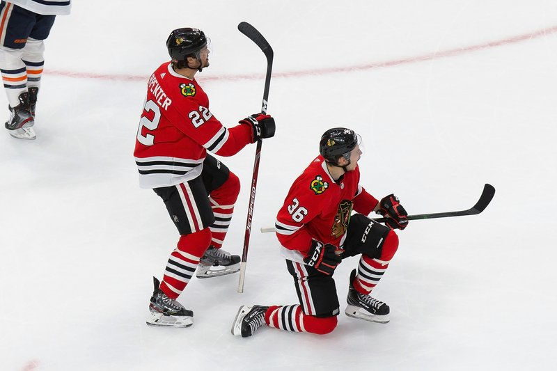Blackhawks Push Oilers To Brink Of Elimination With 4 3 Win