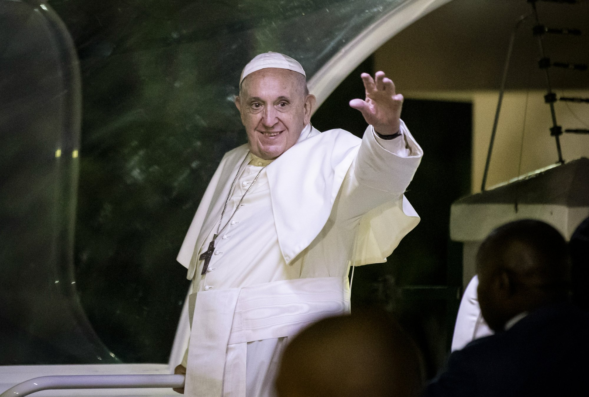 Pope makes strategic visit to Mozambique after peace deal