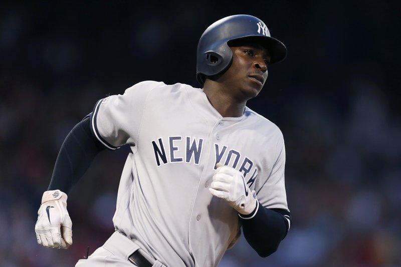 the best attitude 49aeb 4d583 Germán (9 Ks), Yankees beat Red Sox 9-6, avoid 4-game sweep