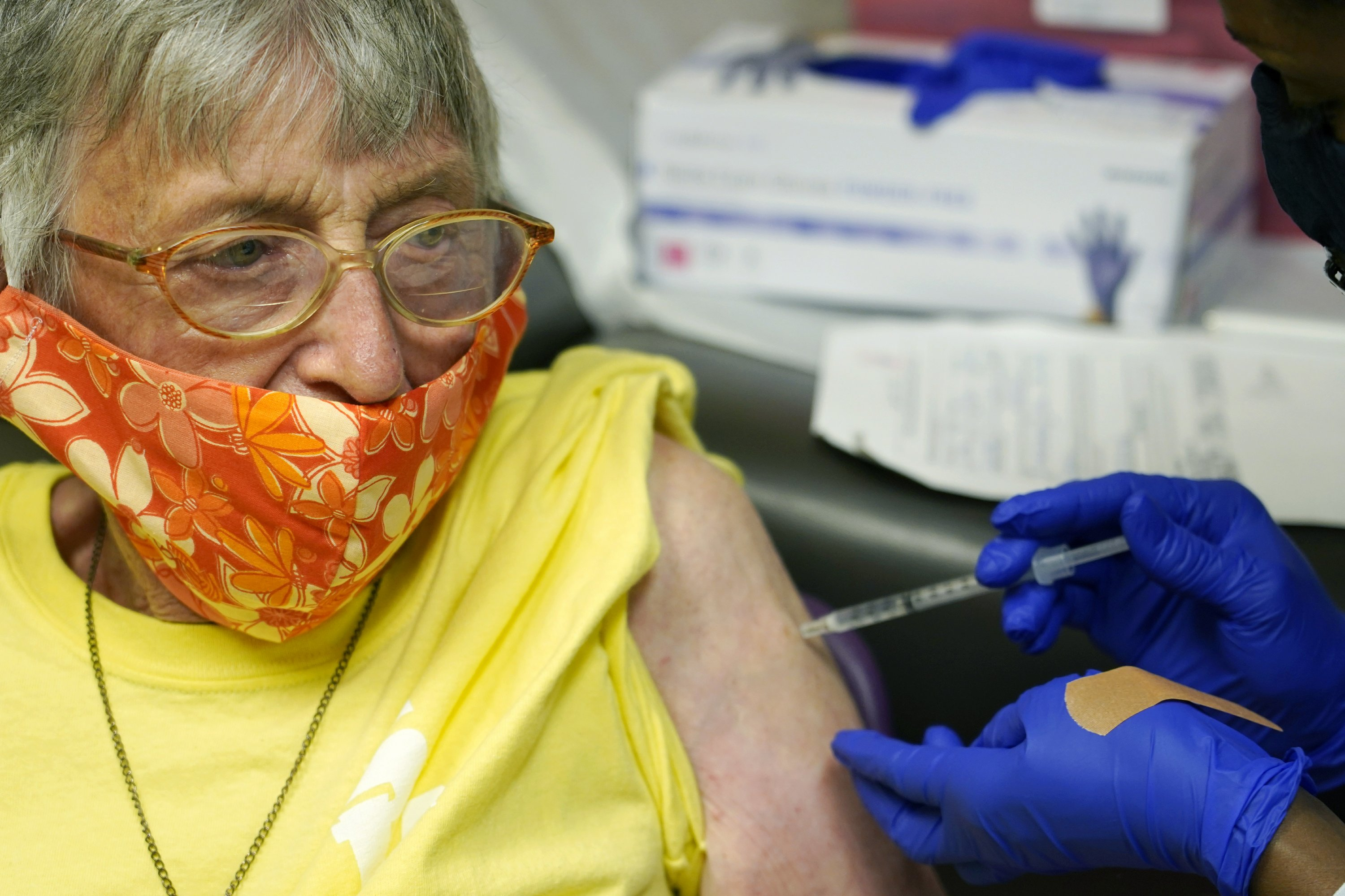Summoning seniors: Big new push to vaccinate older Americans