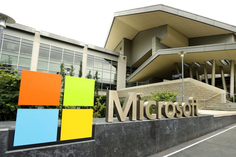Microsoft giving workers choice to continue working remotely or come back to headquarters