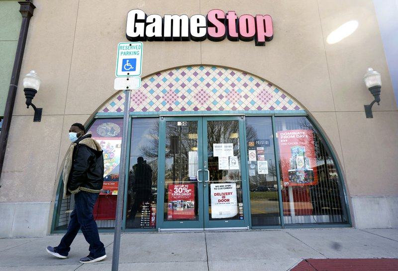 GameStop names activist investor to push more of its business online