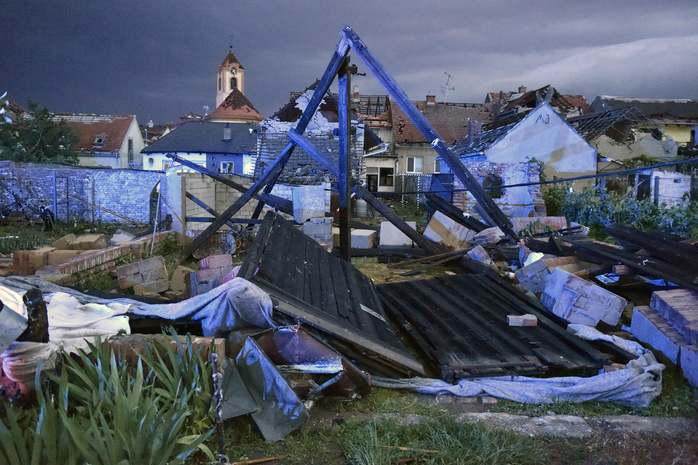 3 dead, hundreds injured by rare tornado in Czech Republic