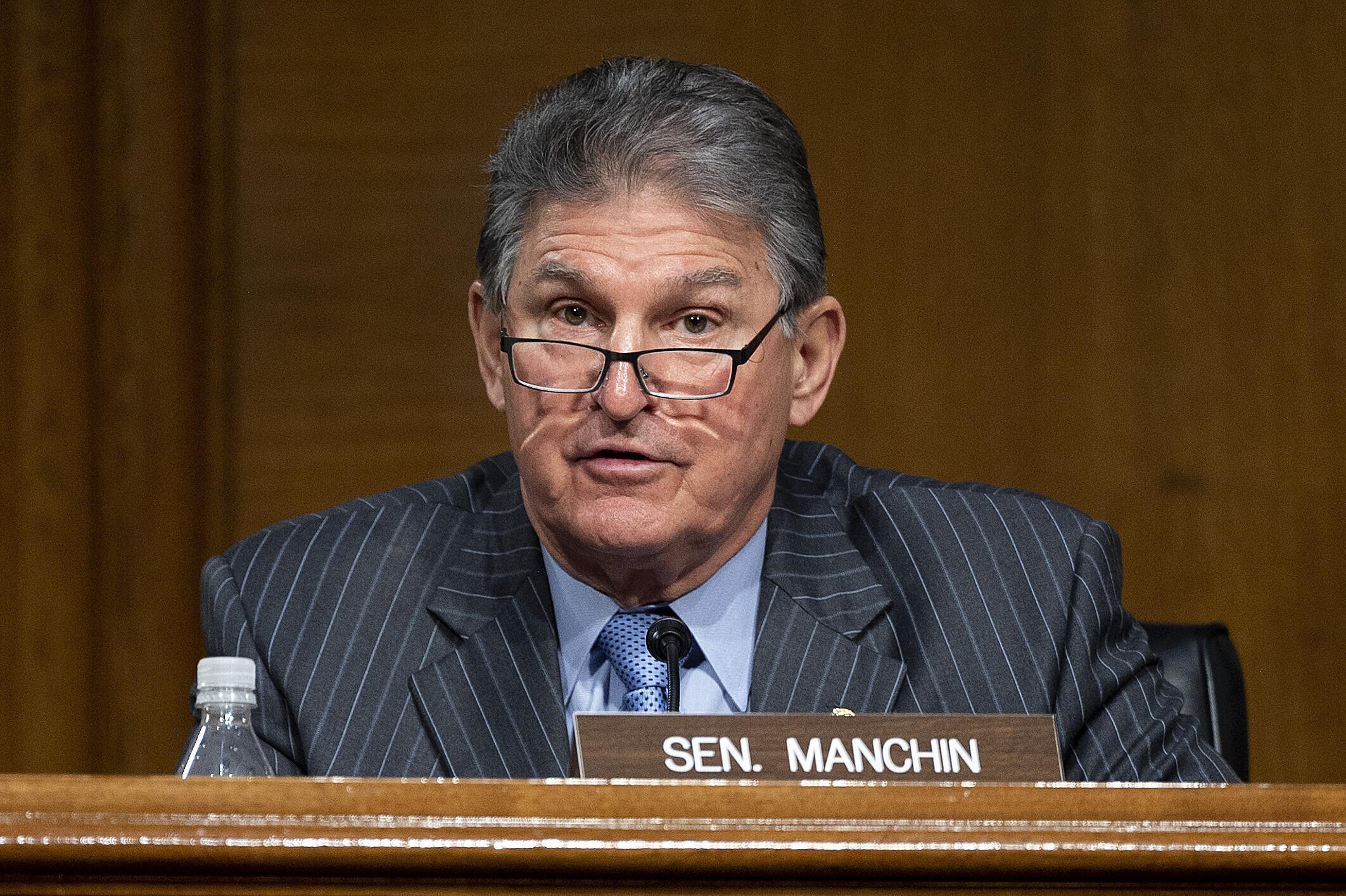 Dem Sen. Manchin asks Biden to reverse Keystone XL rejection – Associated Press