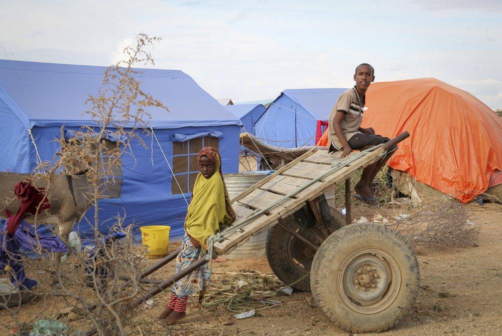 Сомали продолжает бороться с сильнейшим наводнением в своей истории