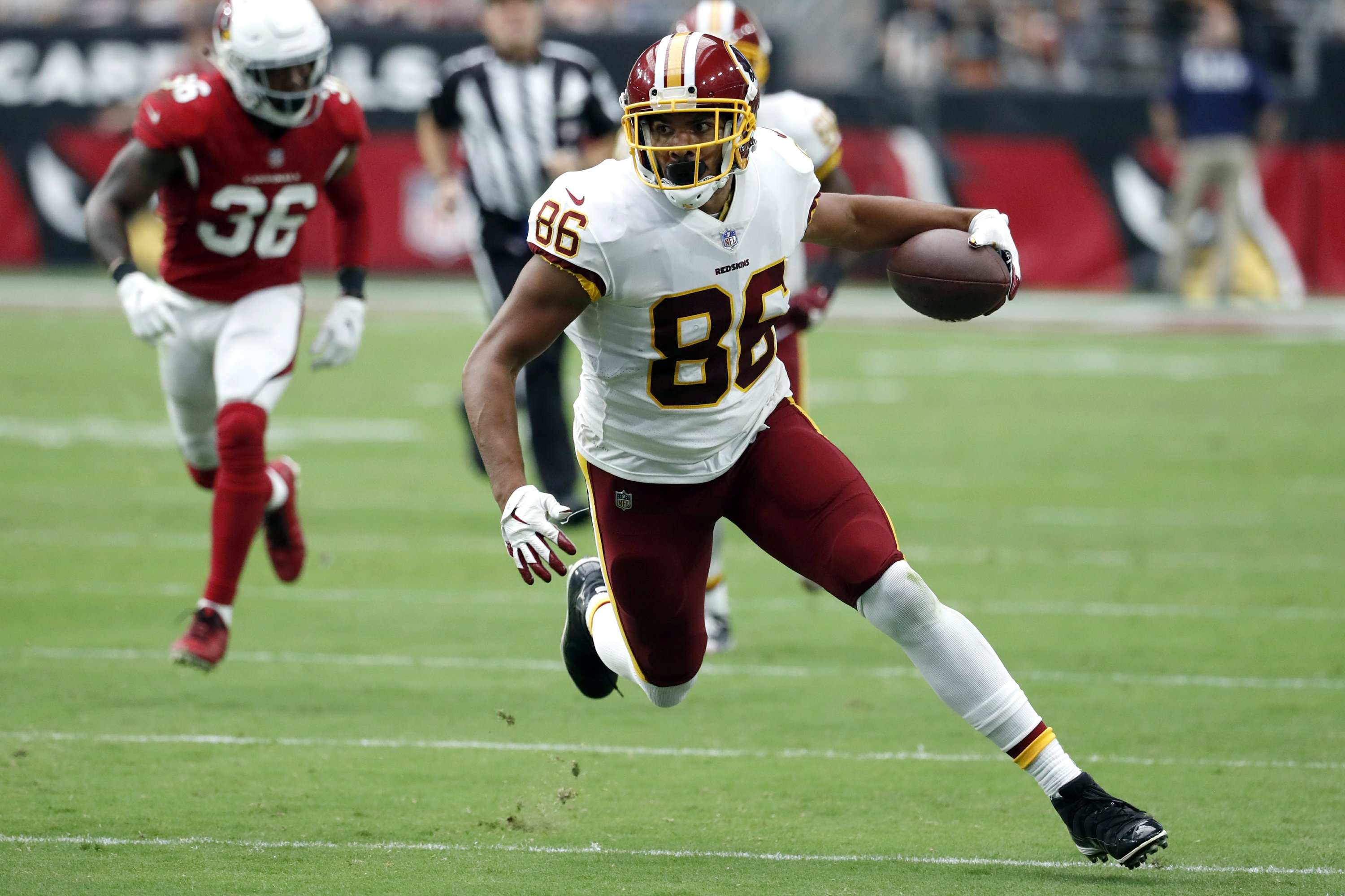 49ers agree to 1-year deal with TE Jordan Reed