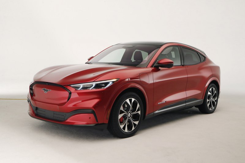 Ford Electric Car >> Ford Mustang Suv Starts A Blitz Of New Electric Vehicles
