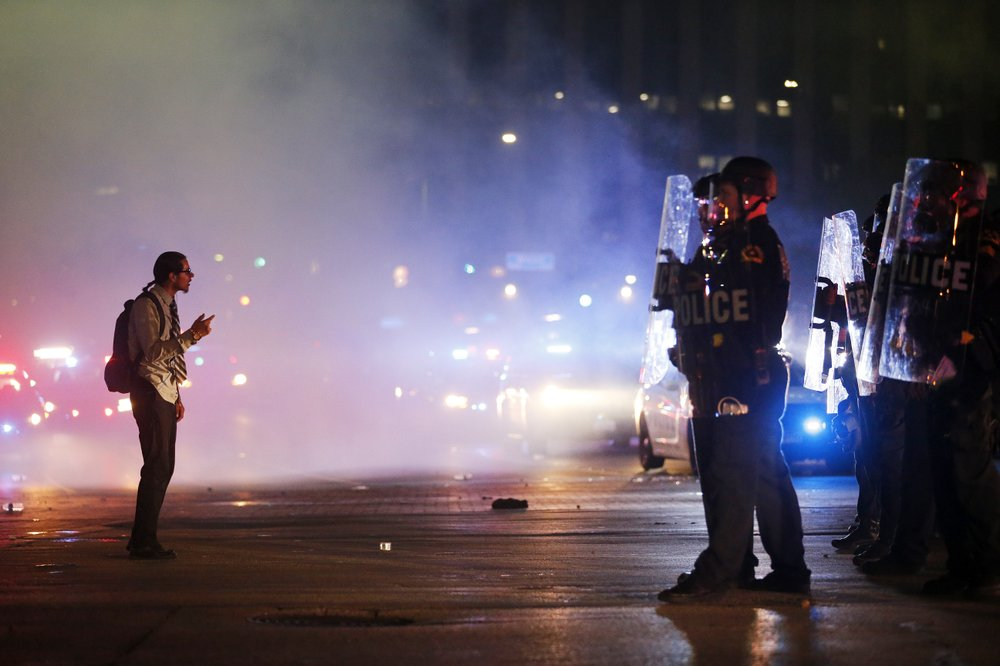 Military police on alert to go to Minneapolis