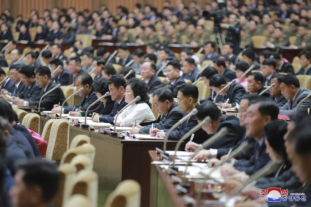 N. Korea's parliament unanimously supported the development plans for the next five years