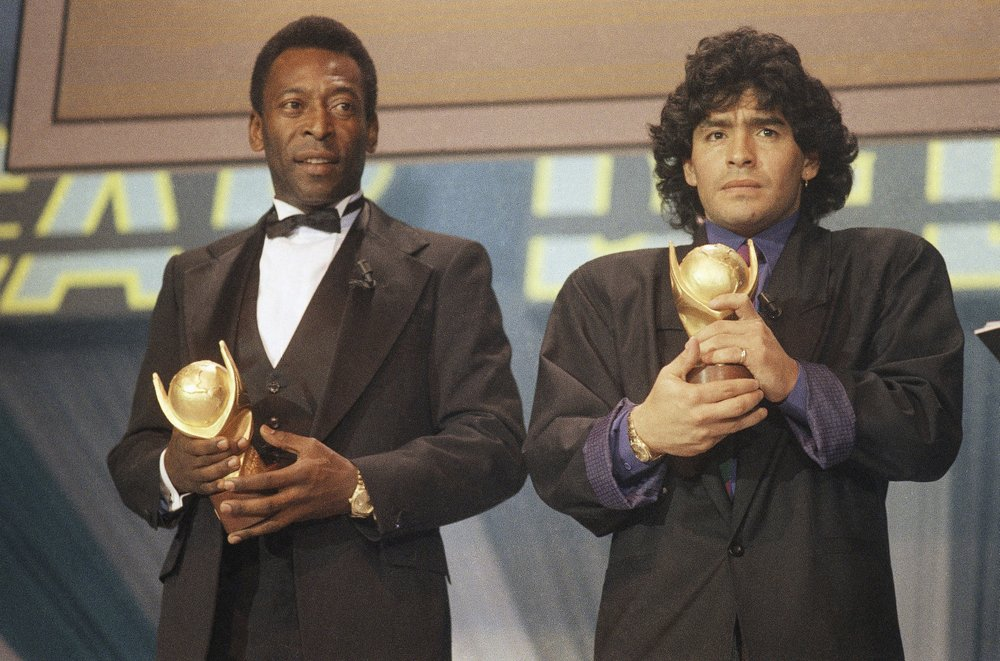 Feuding no more, Pelé joins world in mourning fellow soccer great Diego Maradona