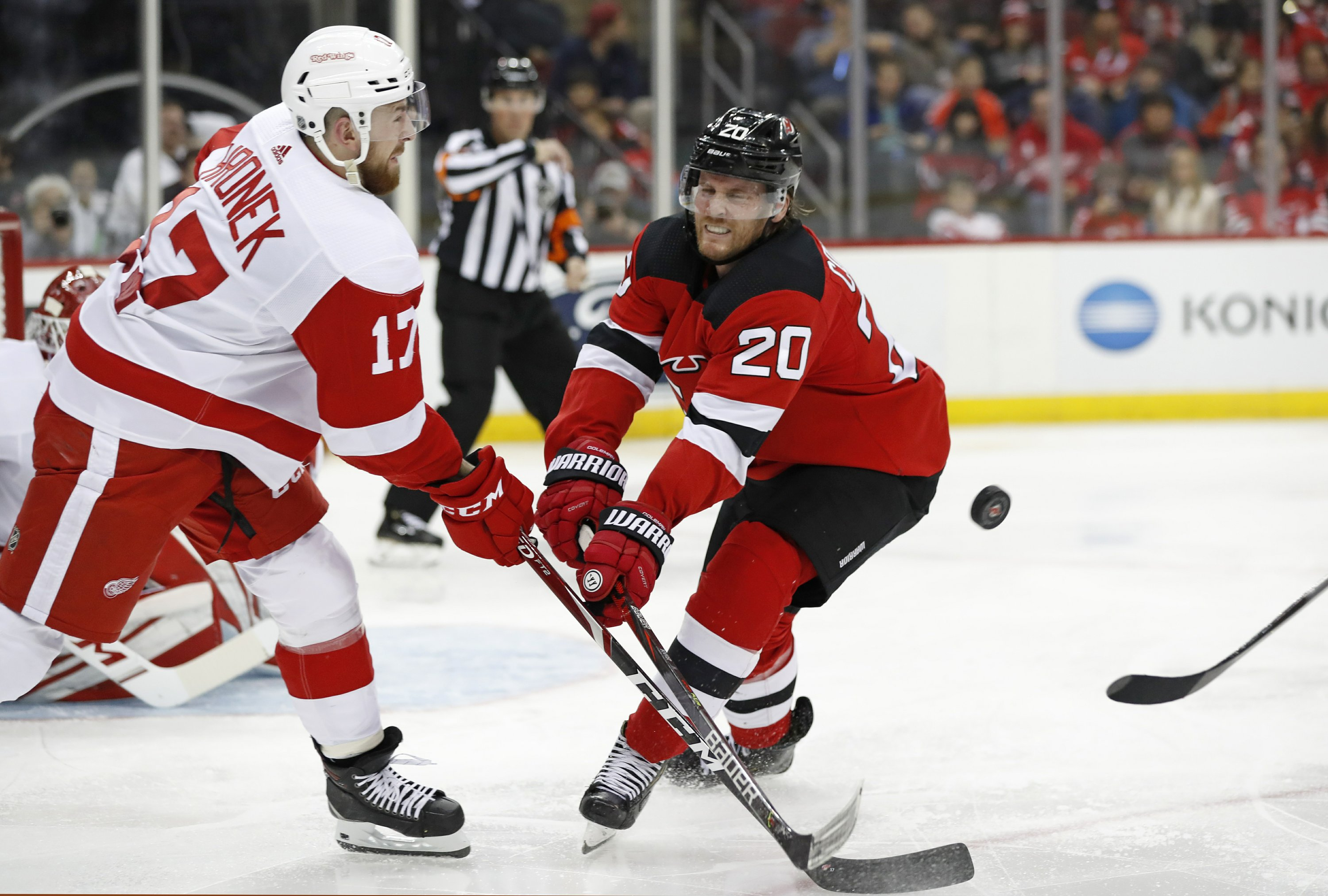 NHL teams get jump on deadline with flurry of early trades