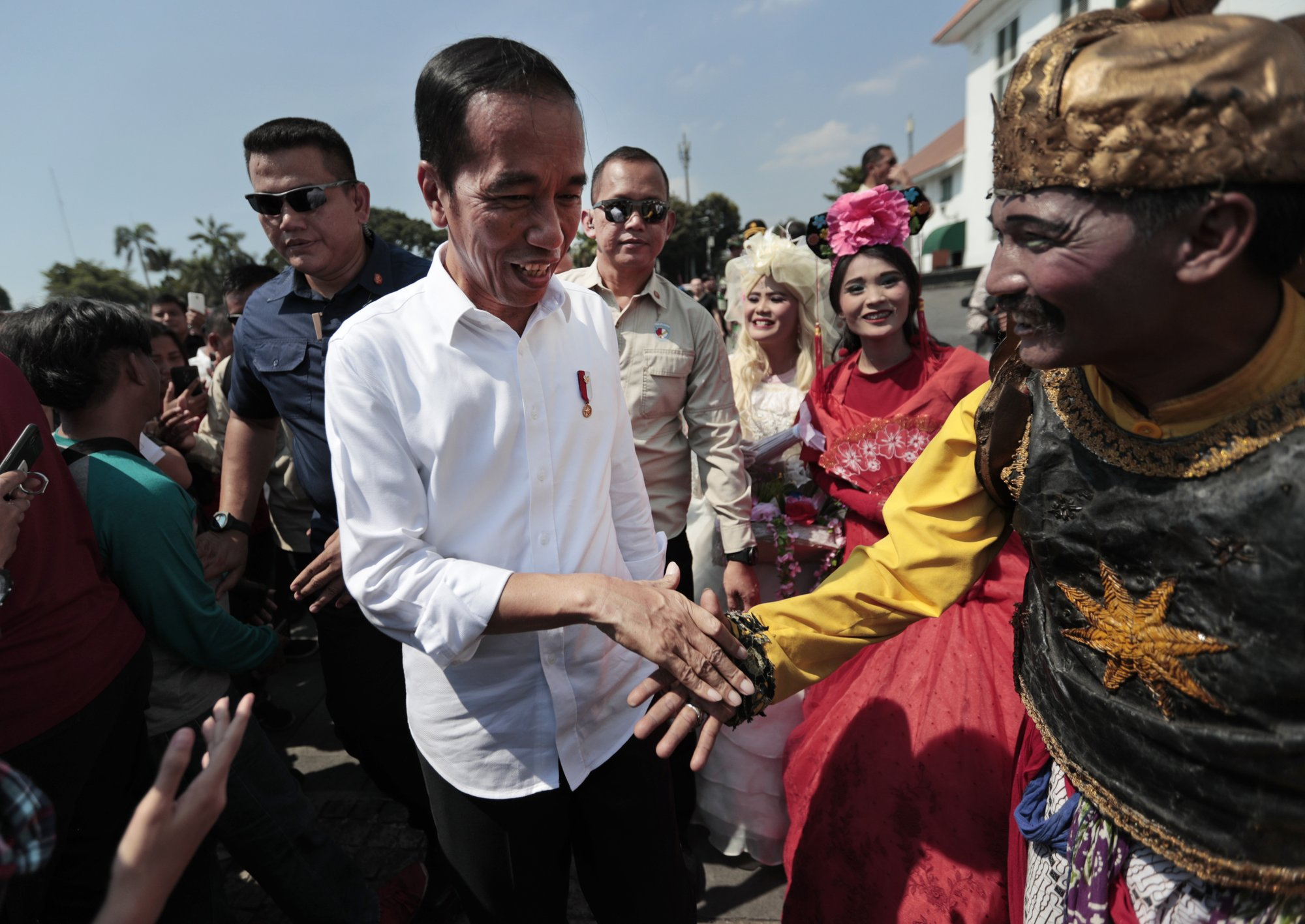 AP Interview: Indonesia leader to speed reform in final term