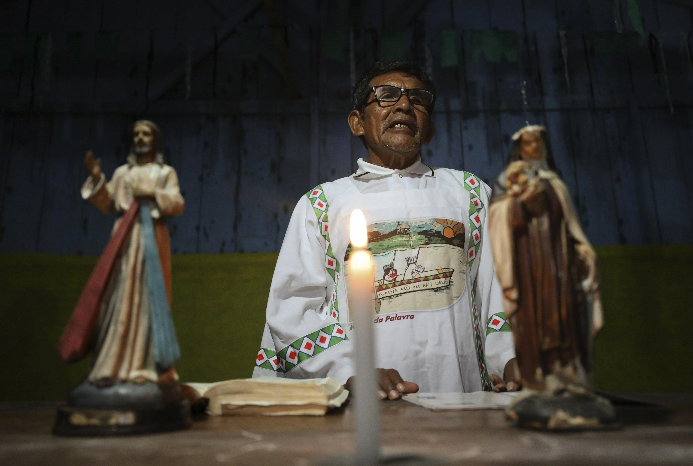 Curas Católicos Casados Posibilidad Real En La Amazonía