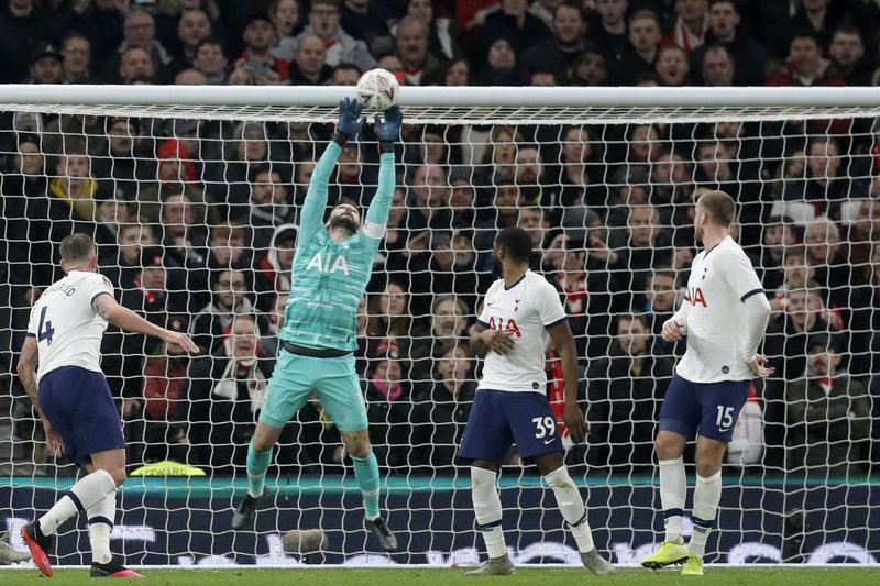 Dictionary includes 'yid' definition for Tottenham fans