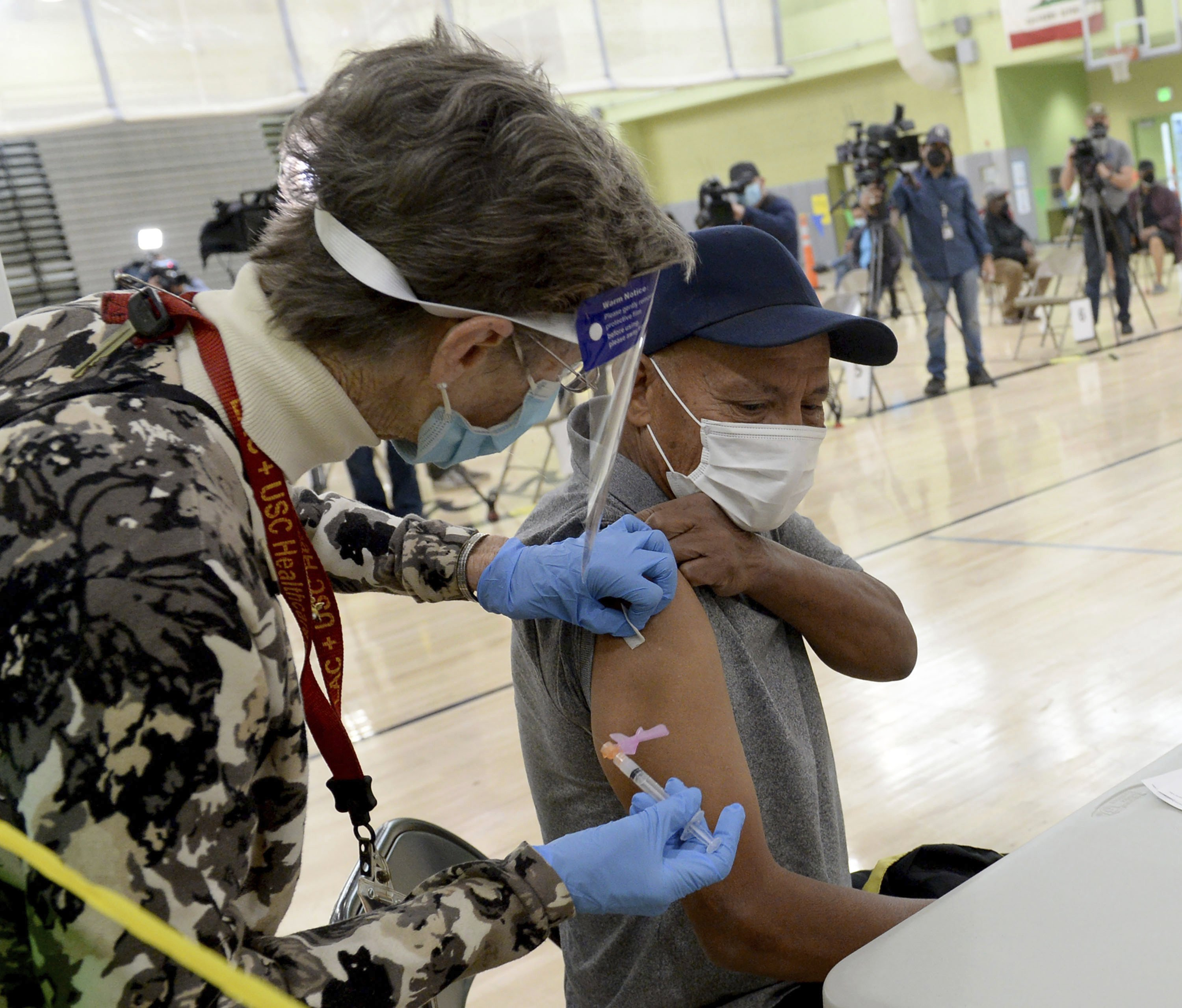 California virus aid plan would pay $600 each to millions