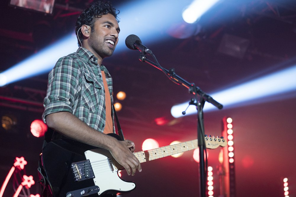 Review: 'Yesterday' takes a great idea, adds too much sugar