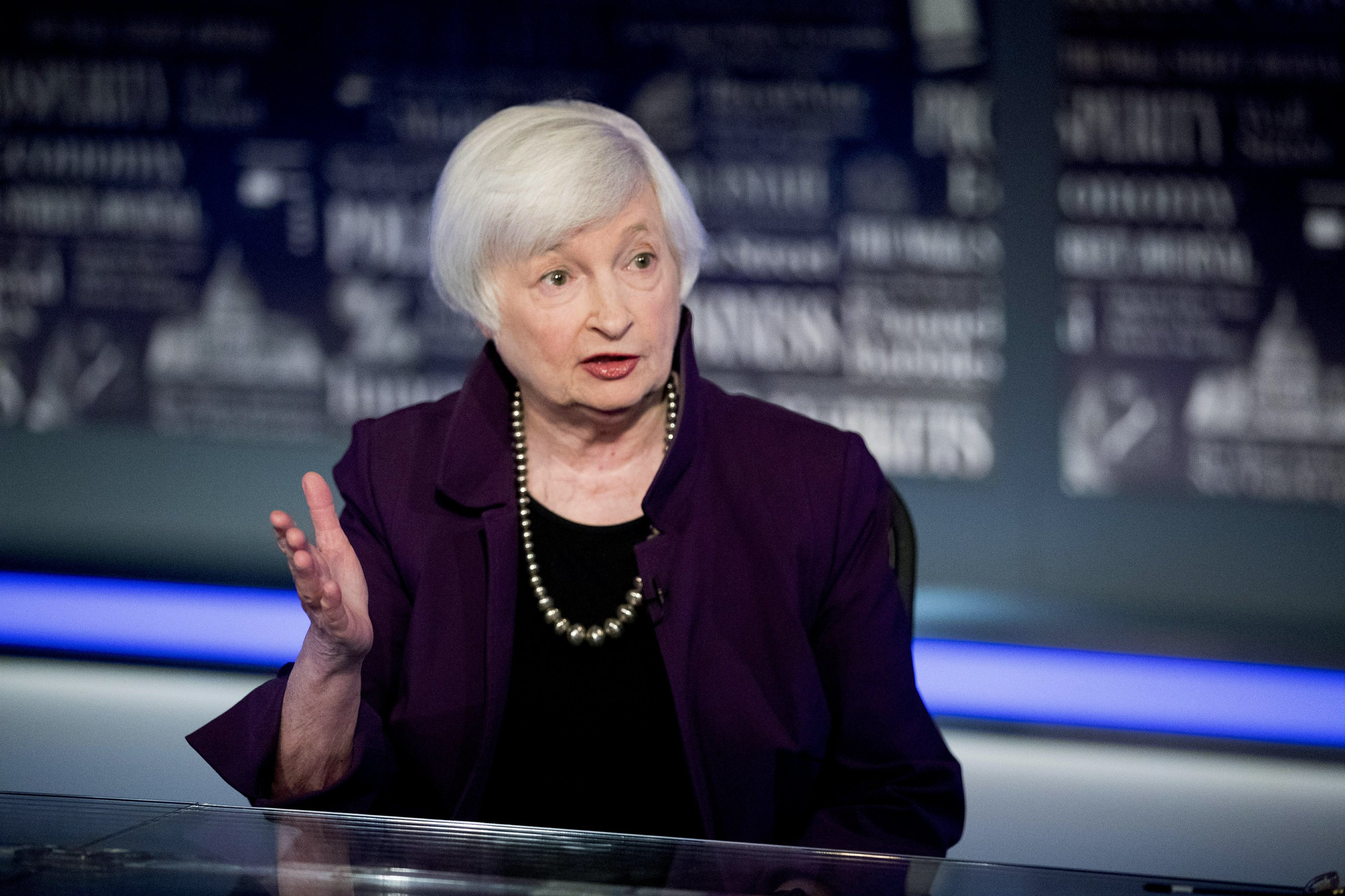 Yellen urges Congress to do more to fight pandemic recession