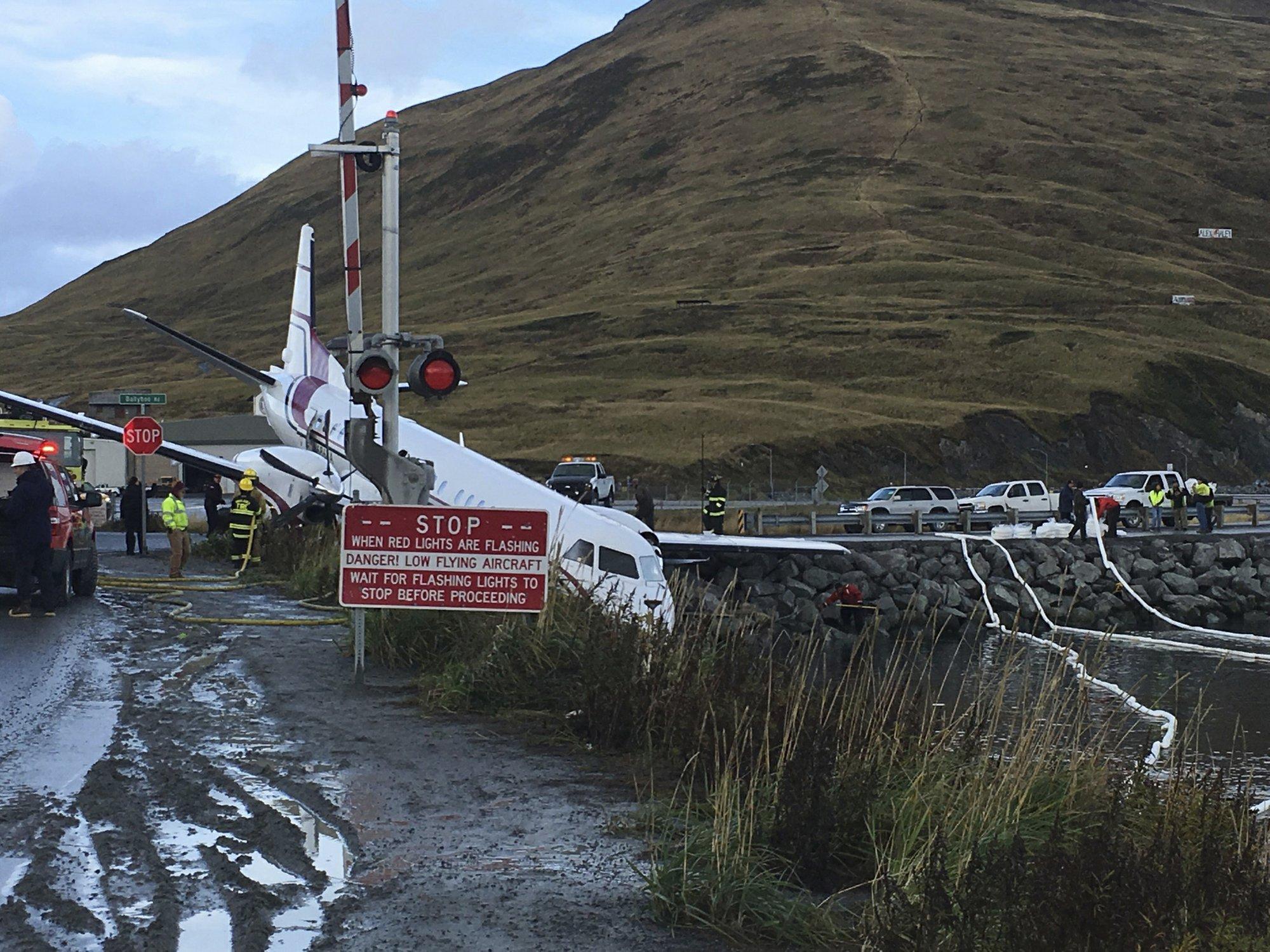 1 dead after plane landing on Alaska island went off runway