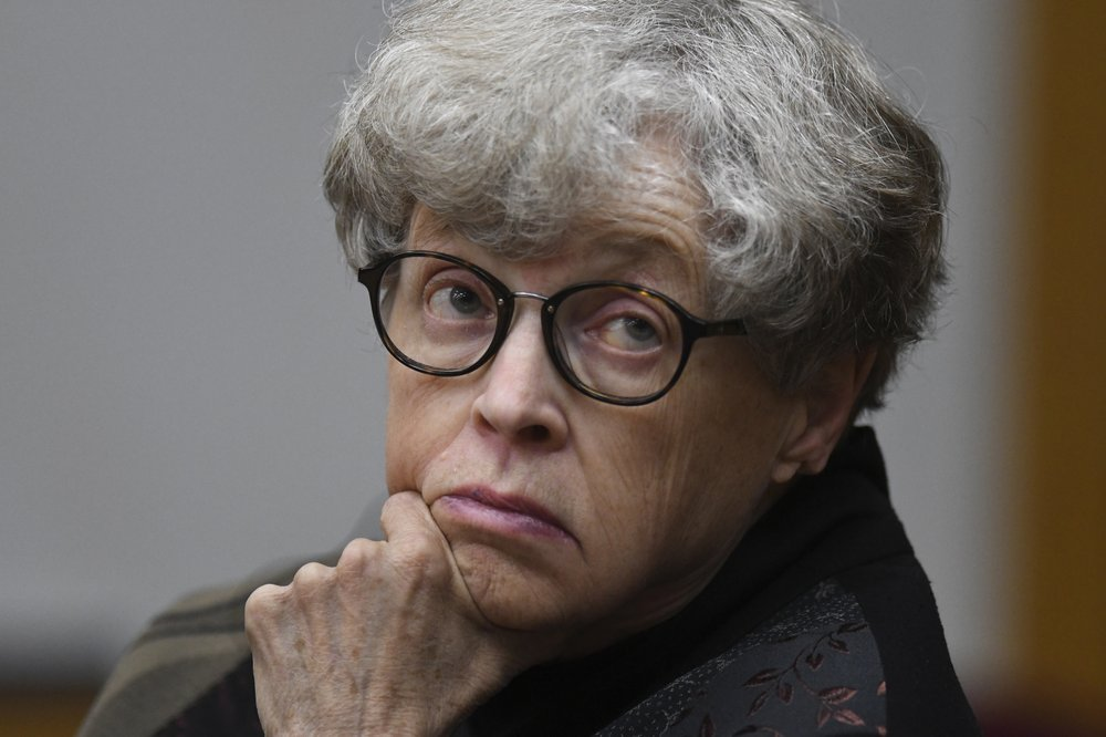 Criminal charges against former Michigan State University President Lou Anna Simon  is dismissed