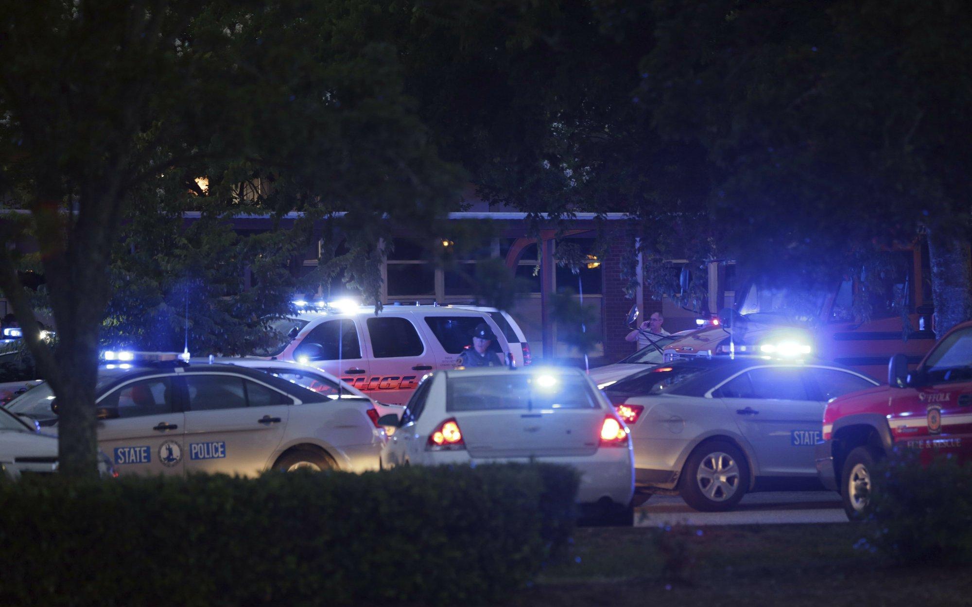 11 people killed in Virginia Beach shooting; suspect dead