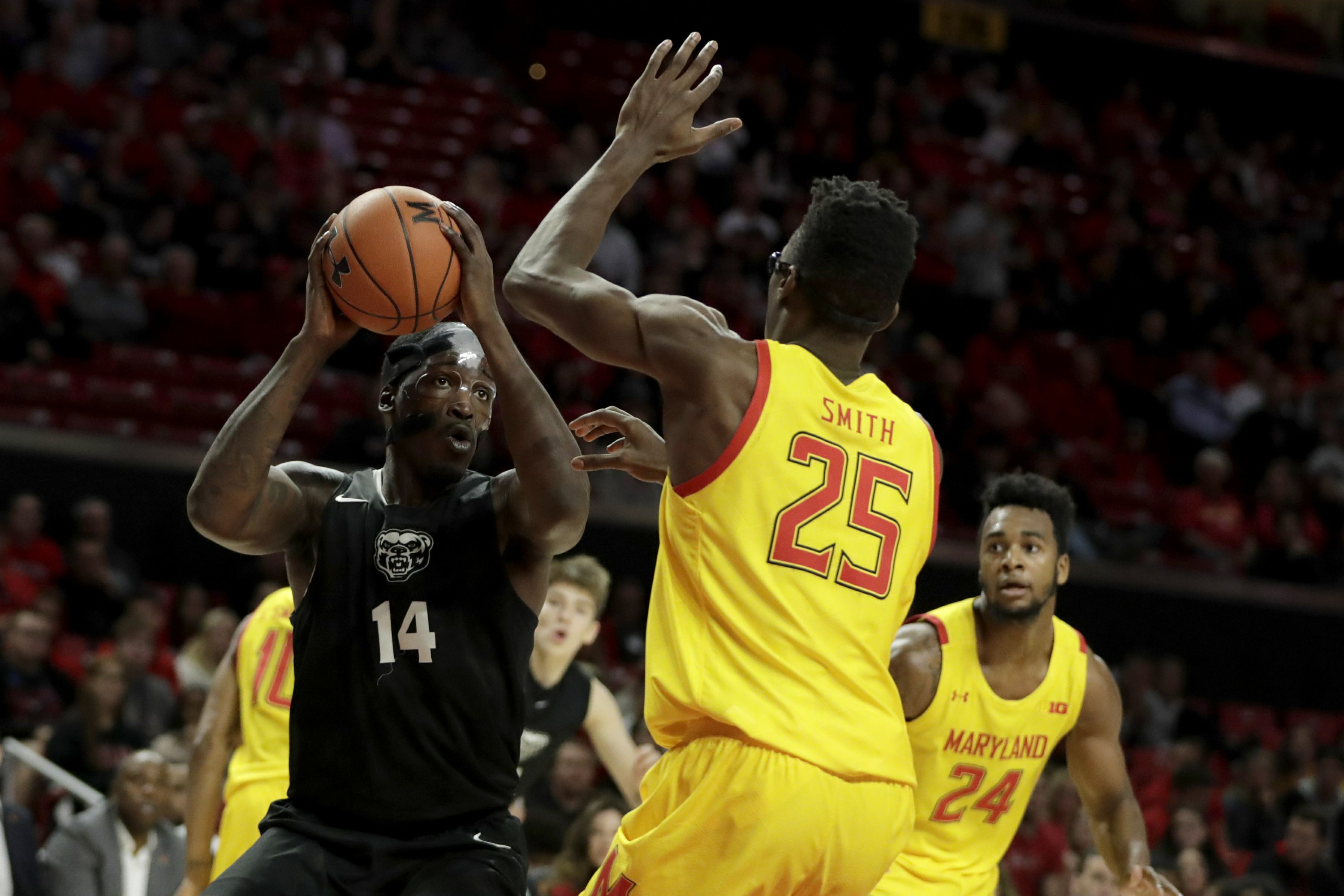 Strong finish earns No. 7 Maryland an 80-50 rout of Oakland
