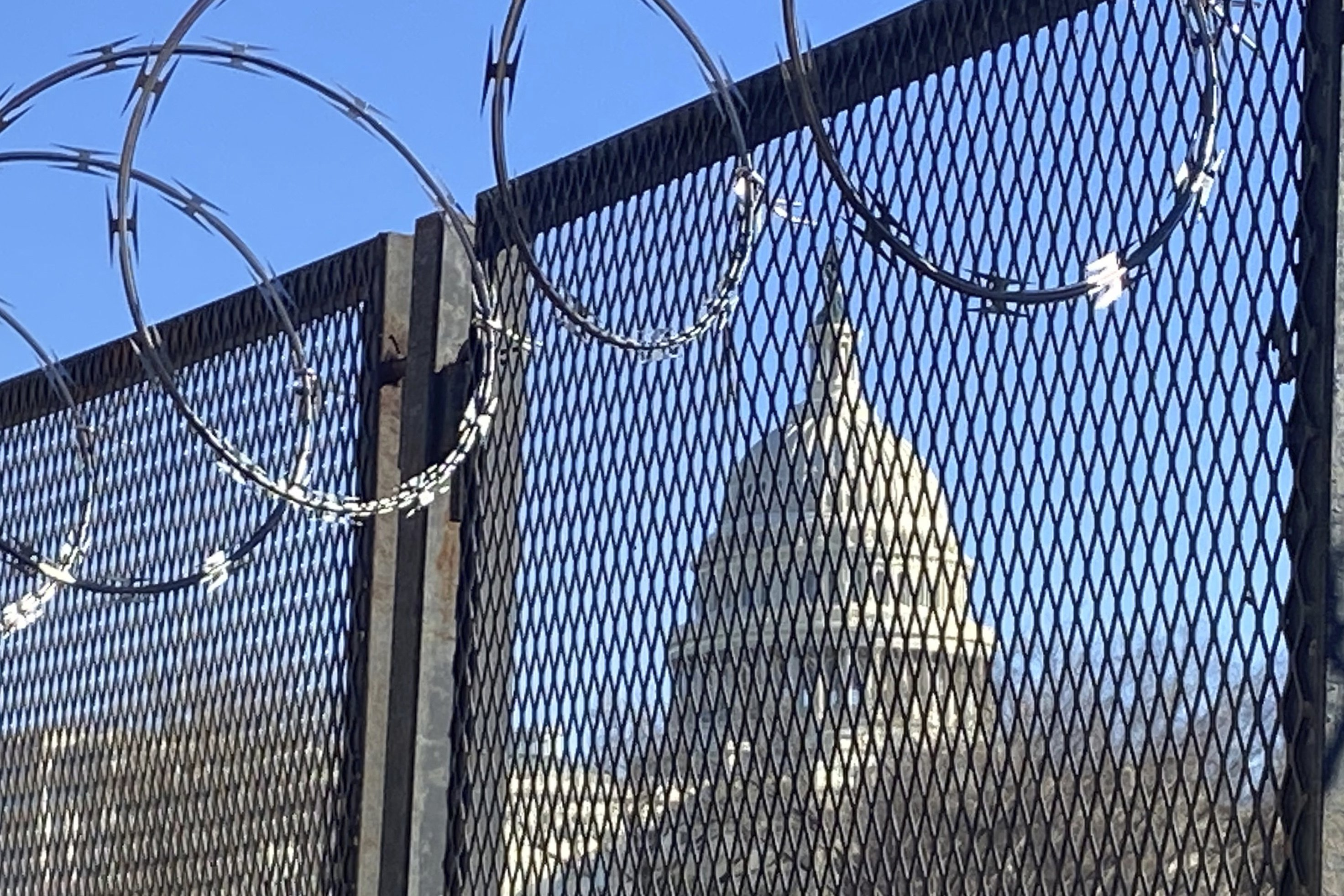 Capitol fences highlight delicate dance over safety, access