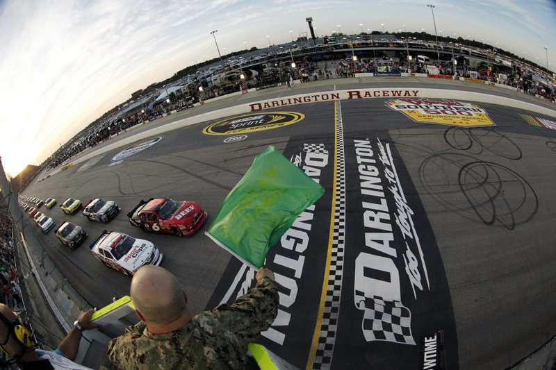 AP – NASCAR picks up at tricky Darlington after 10-week hiatus