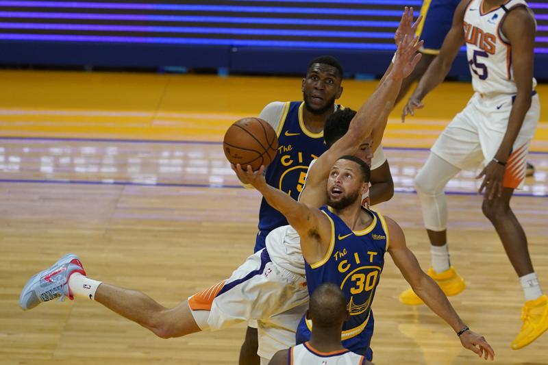 Golden State Warriors Beat Phoenix Suns 122-116