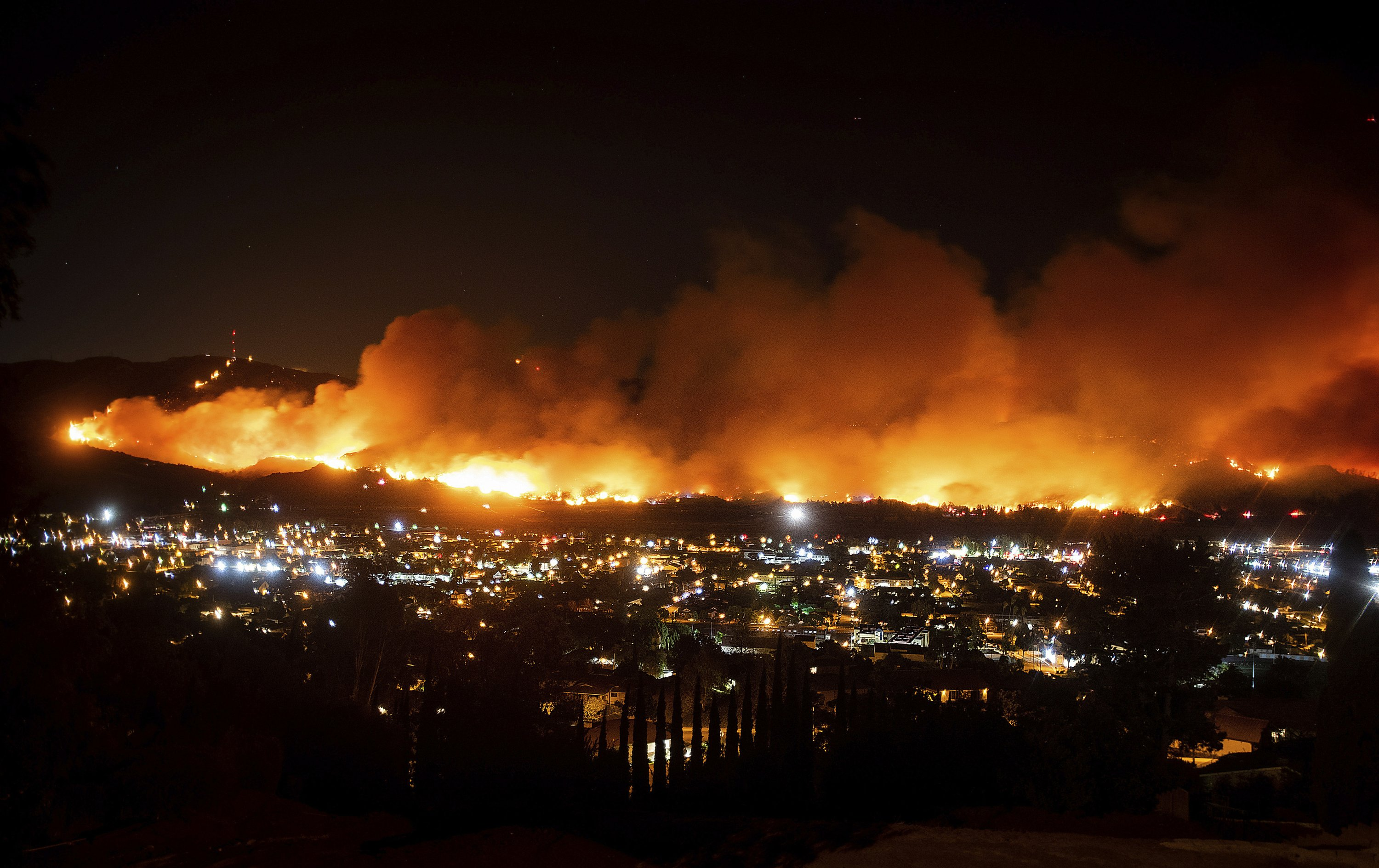 PG&E says blackouts limited fires despite 1 likely failure