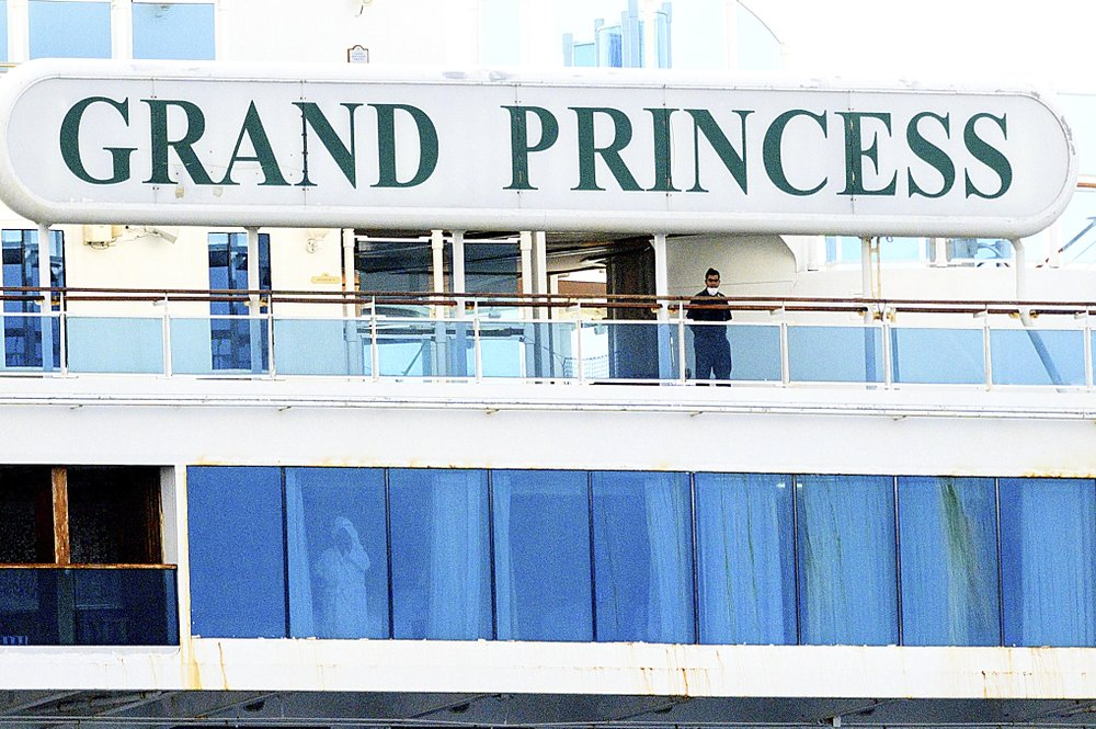California governor Gavin Newsom and mayor of Oakland sought to reassure the residents that none of the passengers from the Grand Princess with the virus will be released into the public before undergoing a 14-day quarantine as California prepares to dock cruise ship