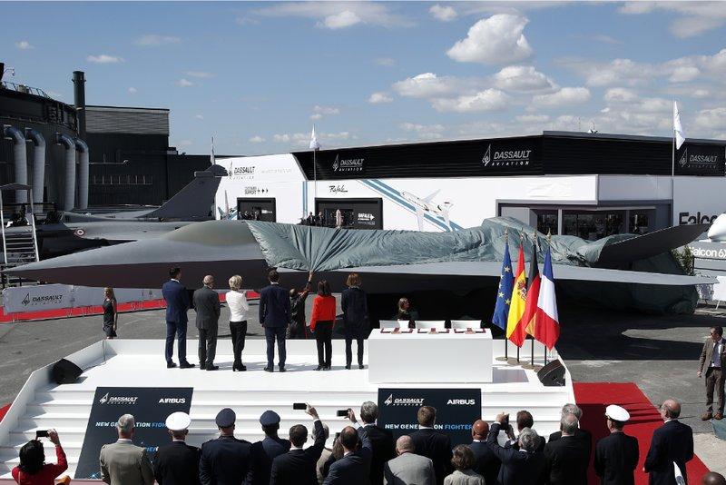 France, Germany sign European jet fighter deal