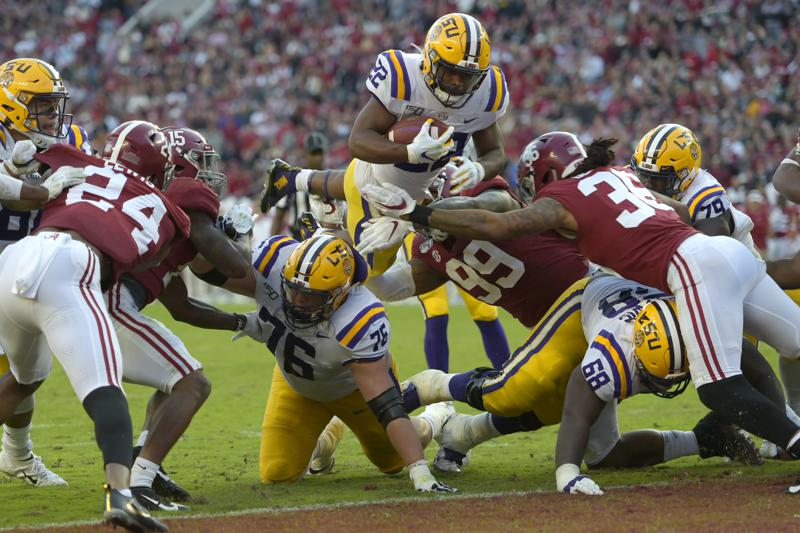 Little Big Man Edwards Helaire Emerges As Go To Guy For Lsu