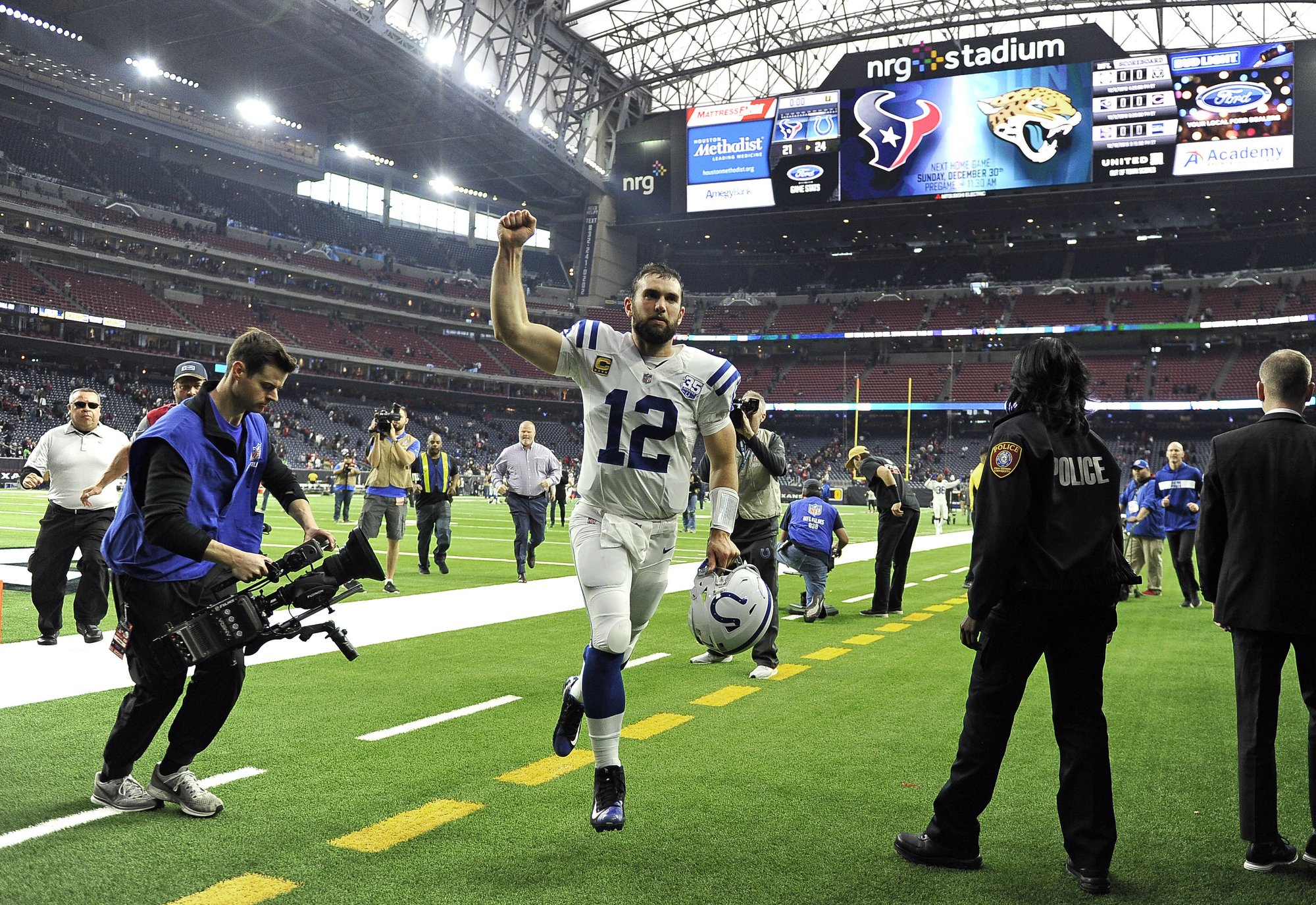 Late penalty helps Colts snap Texans  9-game winning streak 9e1d2fea5