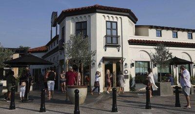 Magnolia Table Draws Attention To Wacos La Salle Avenue - Magnolia table restaurant waco texas