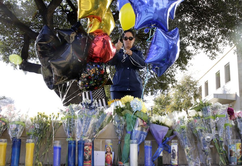 Texas, Missouri, Florida officers shot in attacks; 1 killed