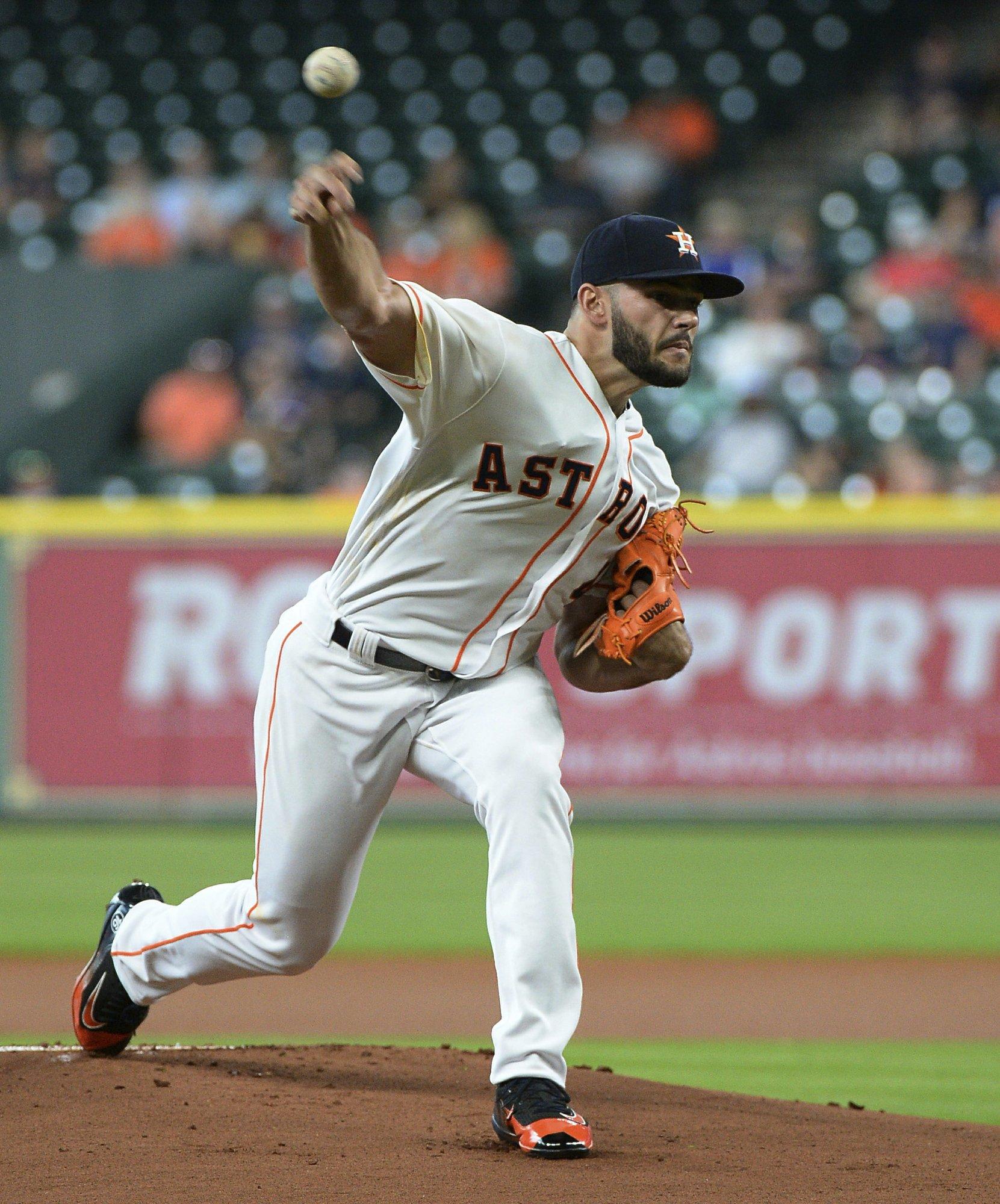 Beltran S First Houston Homer Helps Astros Top Angels 2 1