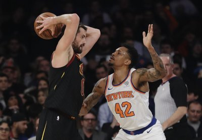 c53b6ad33b5 Cavs Love to rest foot, won't play against Pistons
