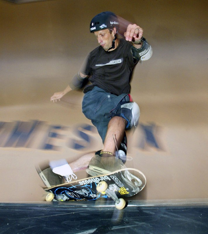 Decades-old skateboarding trick mixes with virtual reality