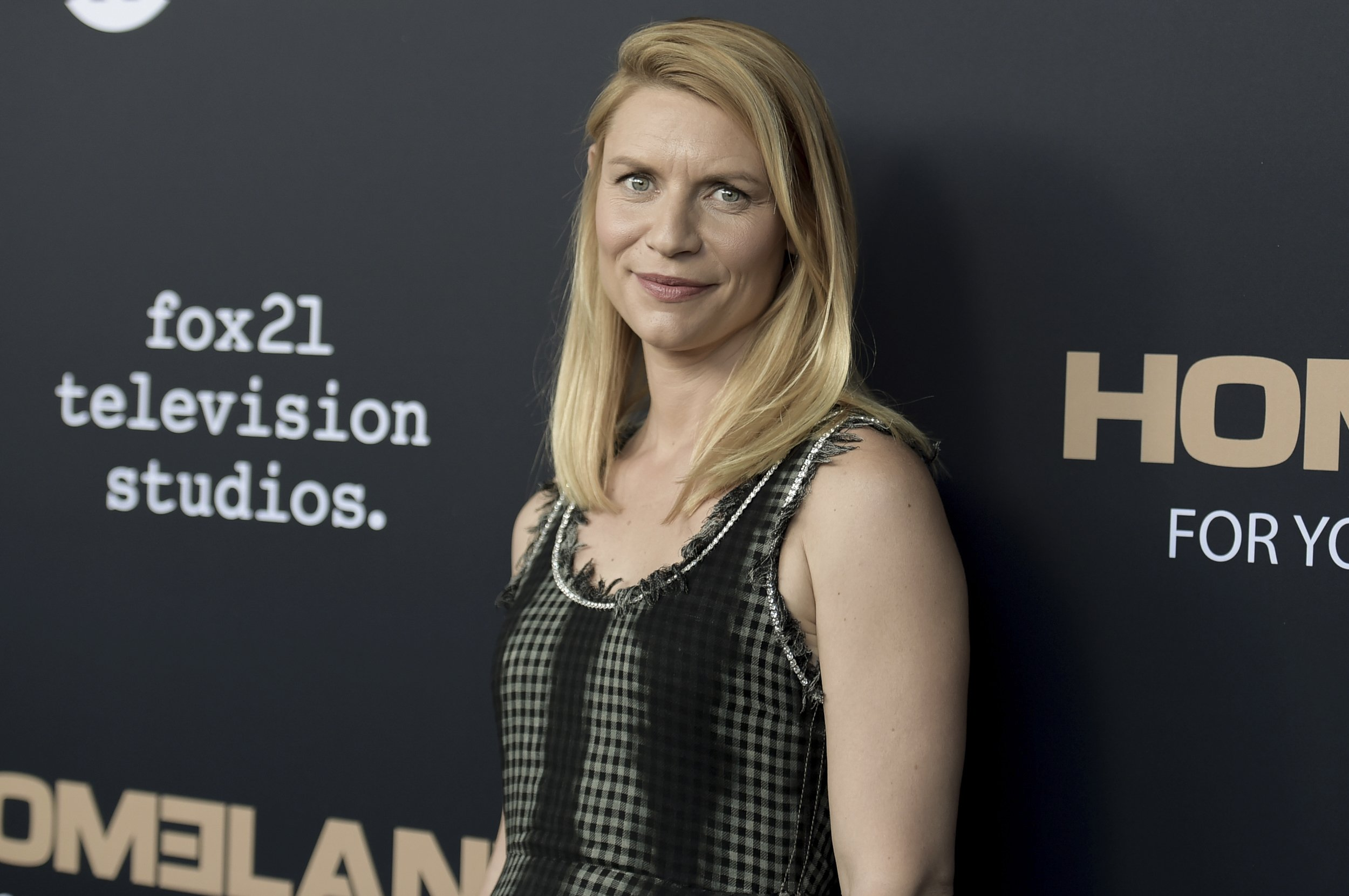 Outstanding Showtime Series Homeland To End In 2019 With Season 8 Home Interior And Landscaping Pimpapssignezvosmurscom