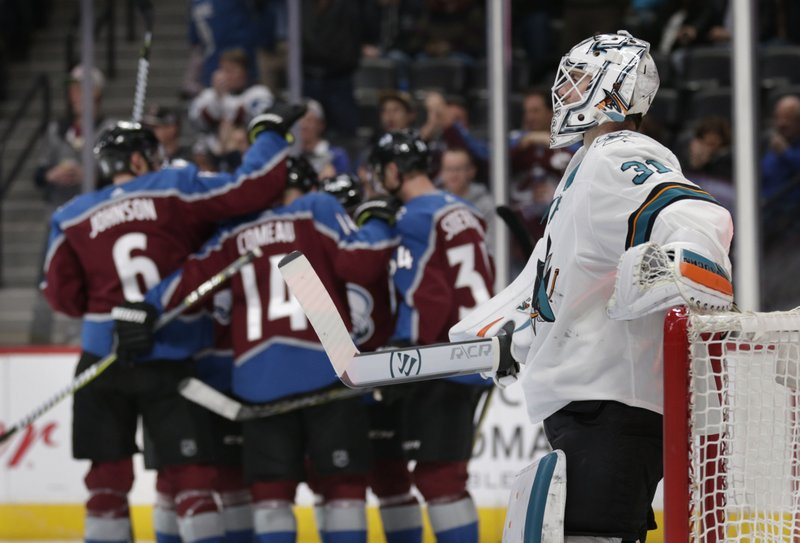Sizzling Avs Win 8th Straight By Holding Off Sharks 5 3