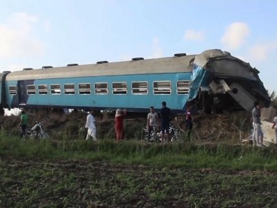 Raw: Train Collision Kills At Least 36 In Egypt