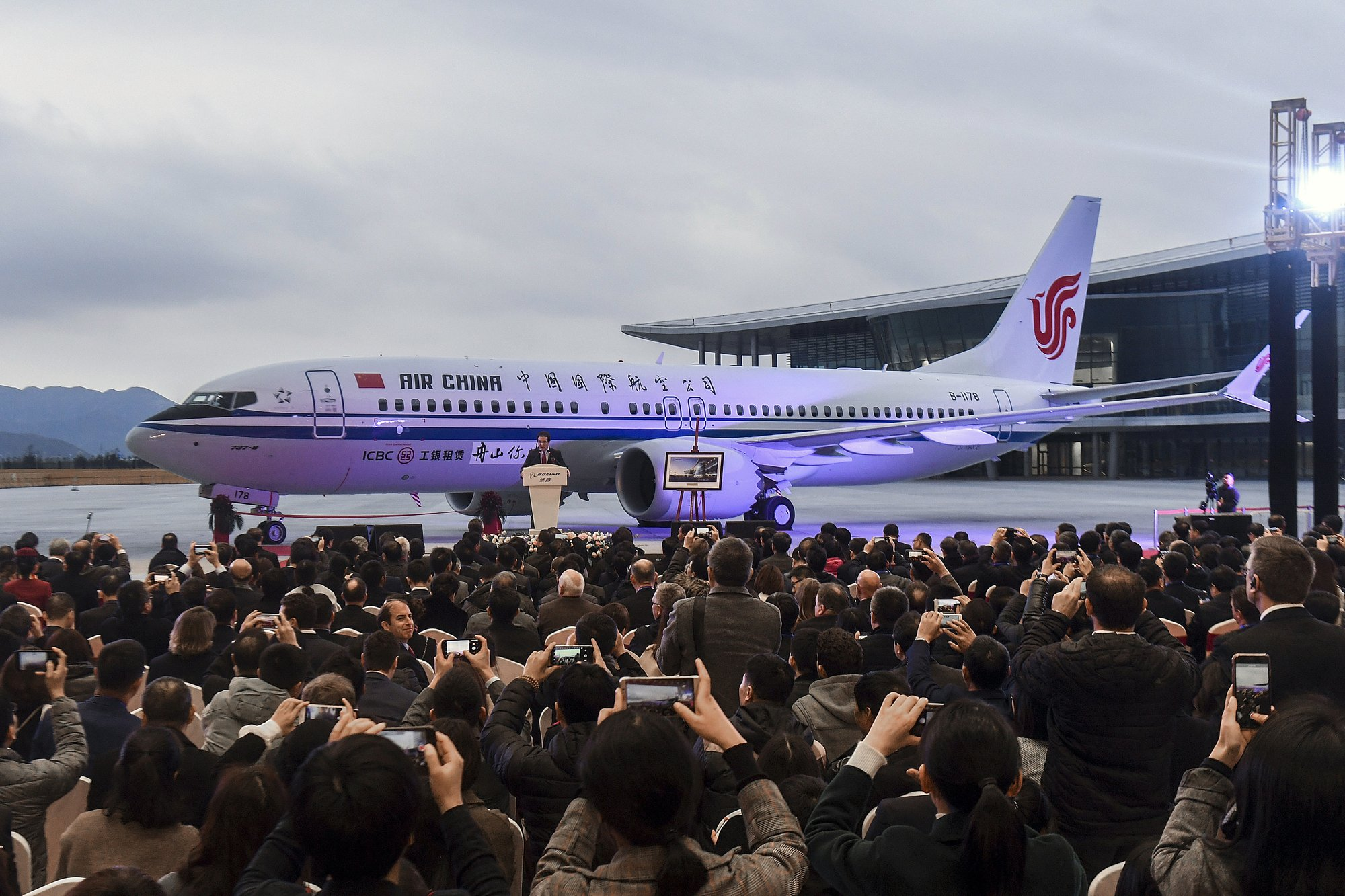 98f13f4c374 2nd crash renews safety concerns for Boeing s prized new jet