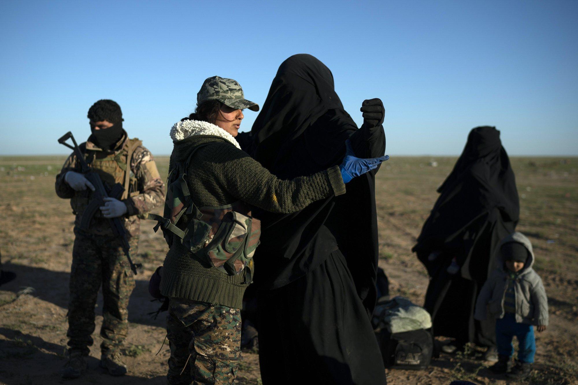 The Latest: Al-Qaida militants in Syria kill IS suspects