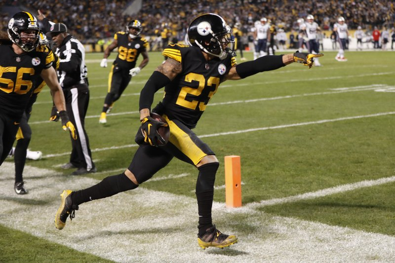 170582a2ed0 The Latest: Steelers beat Pats for first time since '11