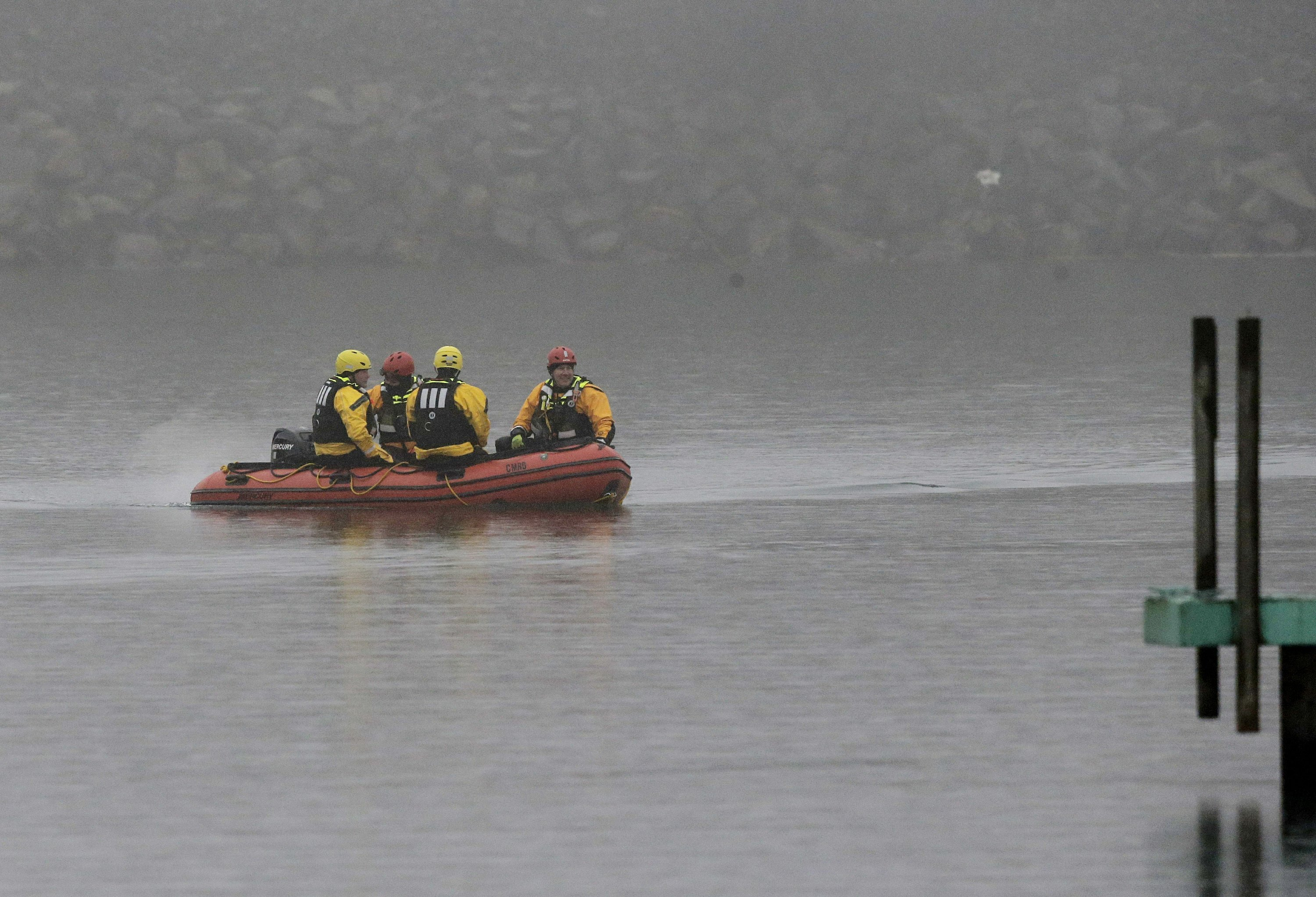 More human remains found in search for plane in Lake Erie