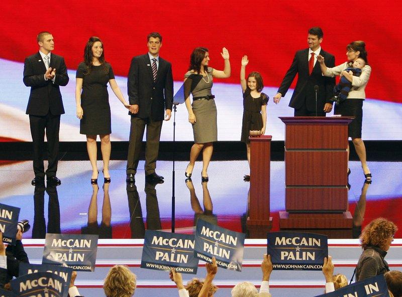 Sarah Palin, Todd Palin, Track Palin, Bristol Palin, Willow Palin, Piper Palin, Trig Palin, Levi Johnston